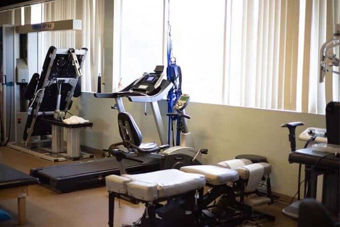 chiropractic adjustment table